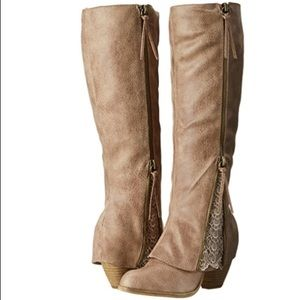✨NEW IN BOX Not Rated Sassy Classy Knee High Boot